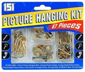 151 Products Picture Hanging Kit
